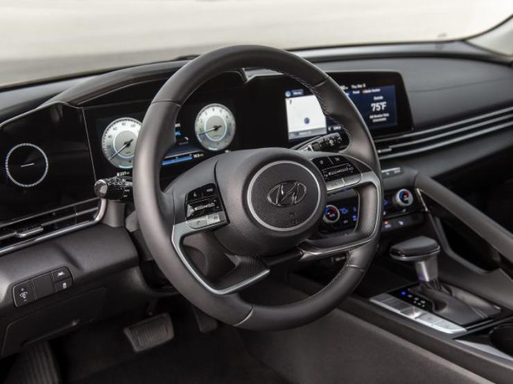 Hyundai Elantra 2021: specifikace, cena, datum uvedení na trh