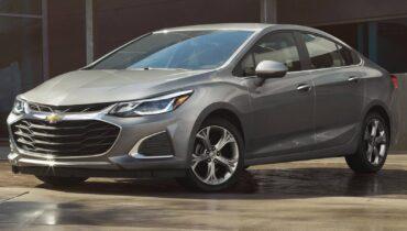 Chevrolet Cruze 2021: co je nového, interiér, cena a specifikace