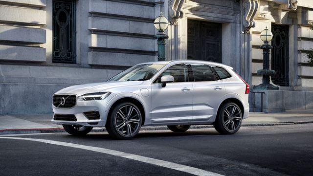 Volvo XC60 2021: ceny, fotografie, funkce, specifikace