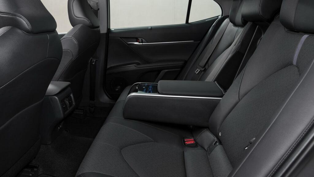 Toyota Camry 2021: specifikace, cena, datum vydání